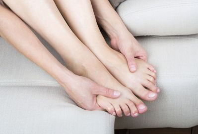 HOW TO MASSAGE YOUR OWN LEGS