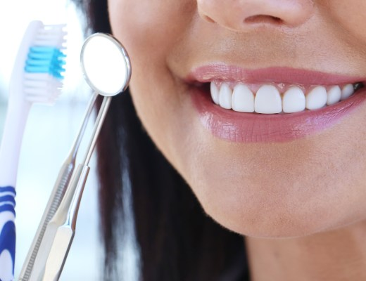 ways to maintain good oral hygiene