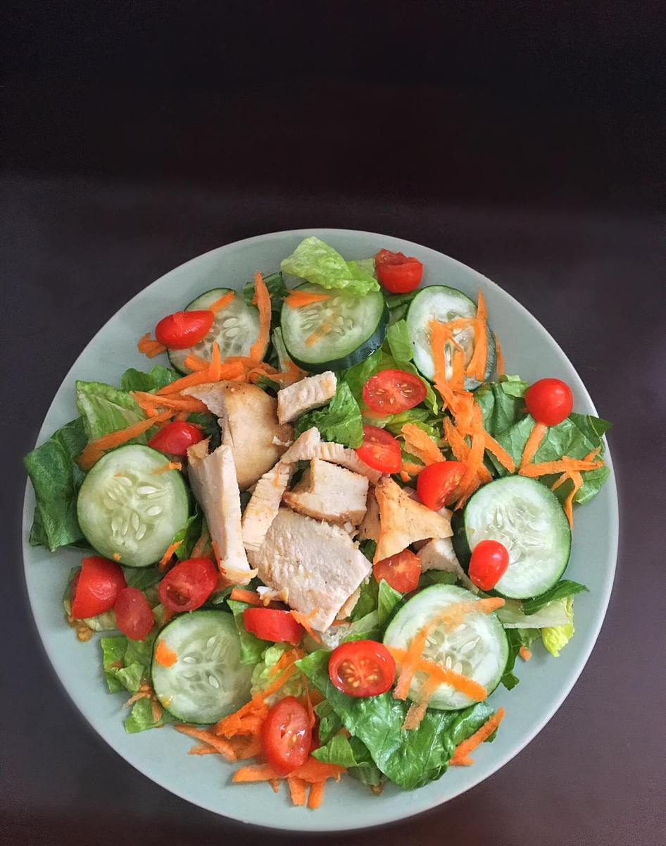 Easy salad recipe with Grilled Chicken