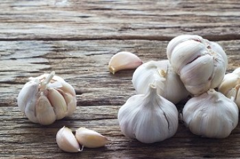 Garlic for keloids