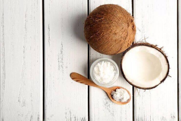 Coconut oil for White Sunspots