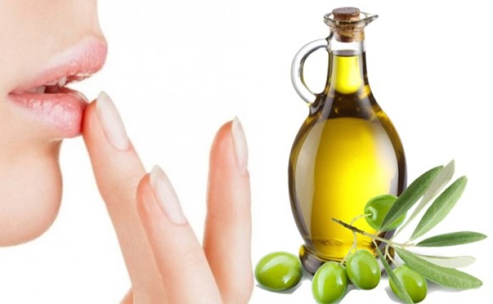 Olive oil for Chapped Lips