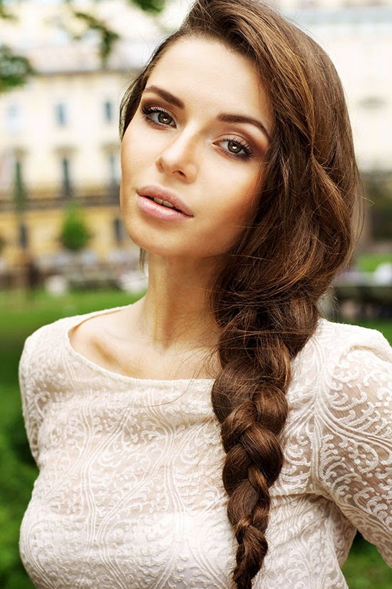 Confidence Boosting Hairstyles For The Office