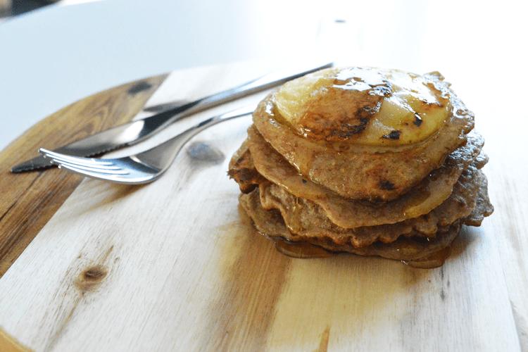 Volkoren appel-kaneel pannenkoekjes