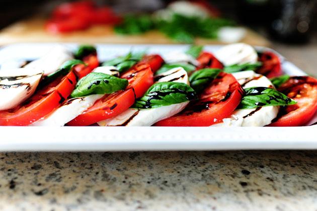 healthy tomato mozzarella salad