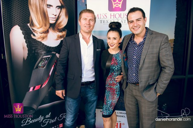 Samir Becic with pageant director Natalia Castillo and Univision reporter Miguel Bedoy
