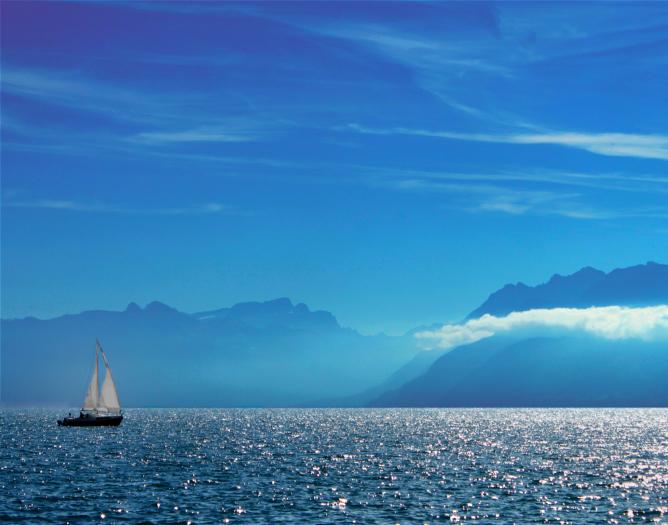 Sailing in Lake Geneva