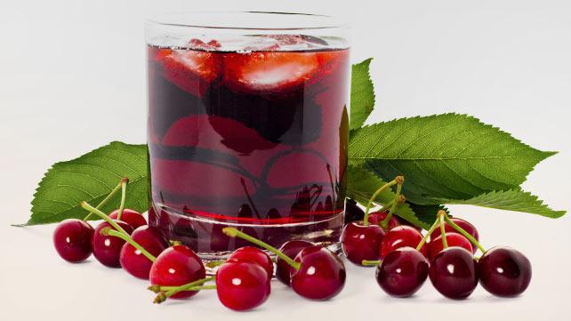 Minuman yang cocok sehabis olahraga: Jus Ceri.