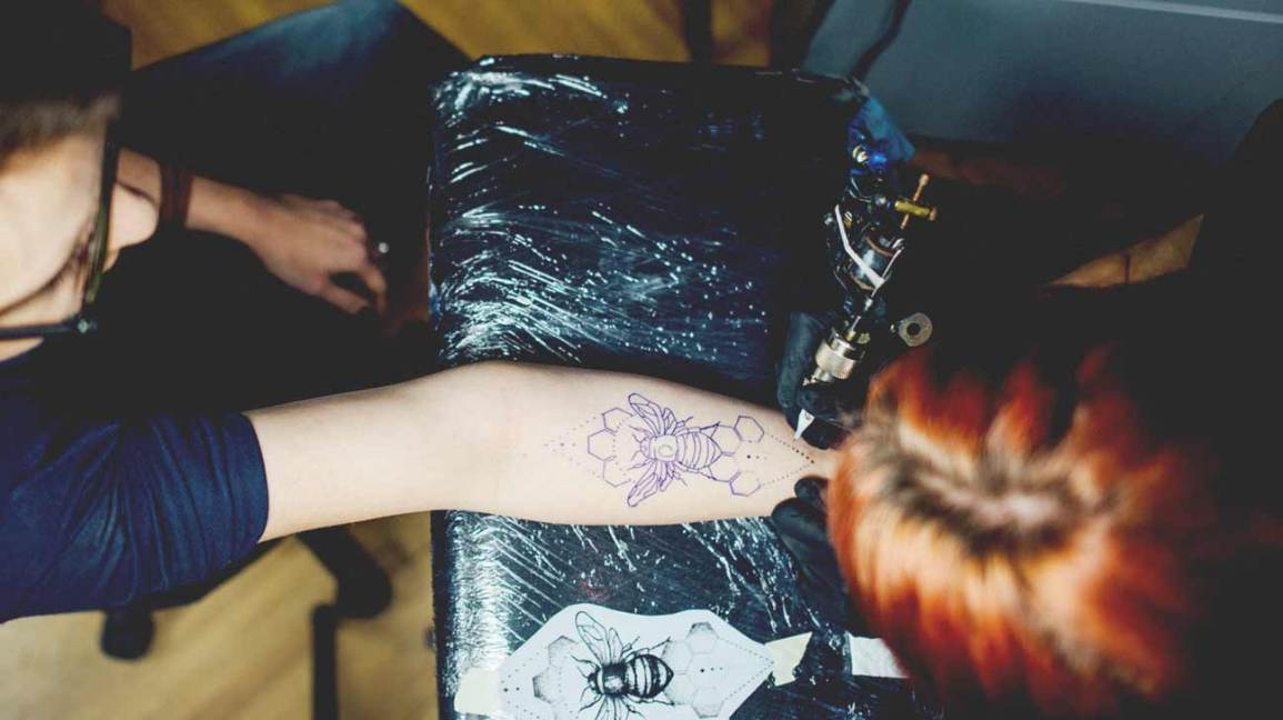 Getting A Tattoo What To Expect Pain Tips Checklist And Aftercare