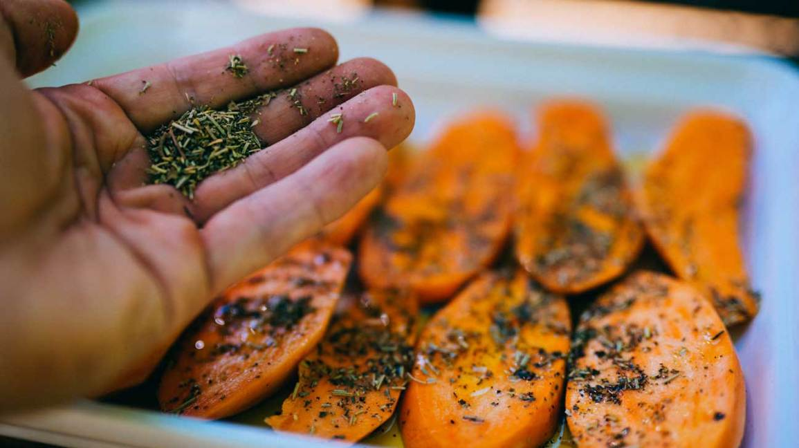Best Foods to Eat Before Drinking Sweet Potatoes