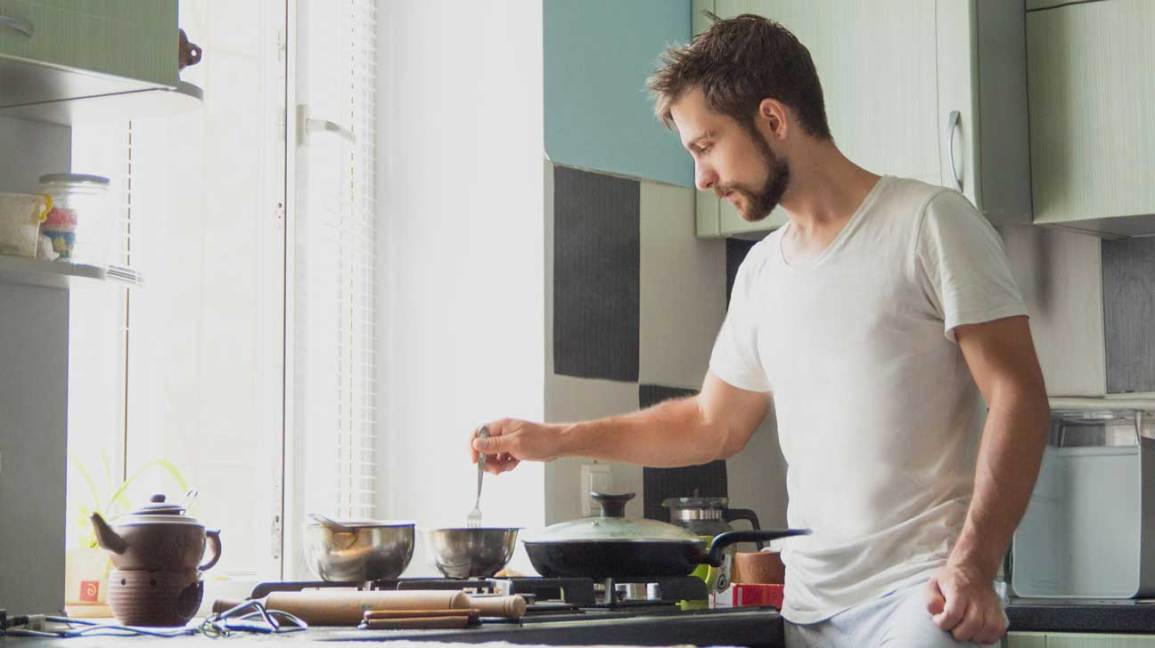 Abs Are Made in the Kitchen: Foods to Eat and Avoid