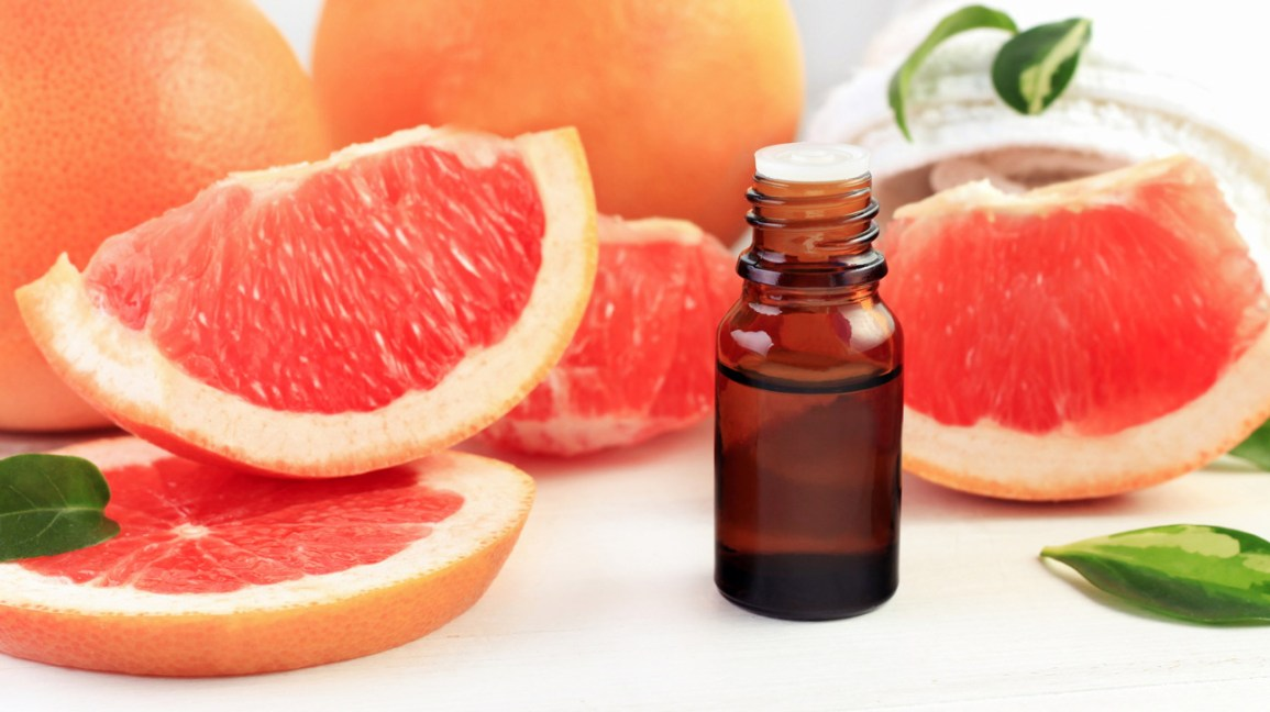 Letting Go of Cravings With Grapefruit Essential Oil ... |Grapefruit Essential Oil