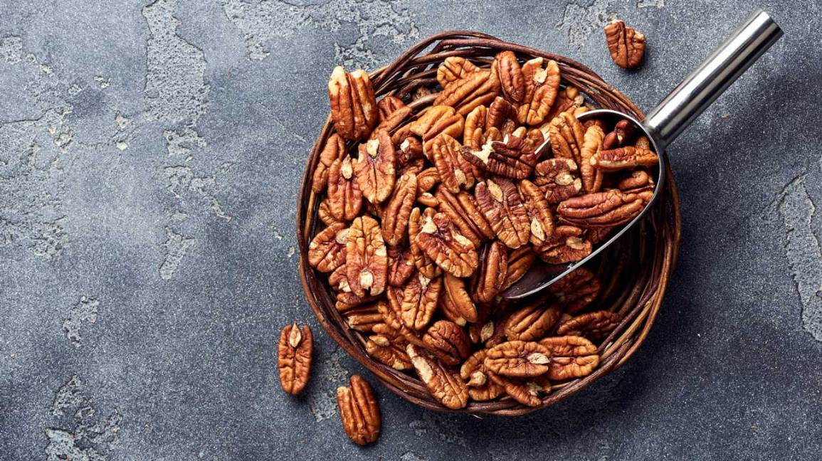 9 Healthy Nuts That Are Low In Carbs