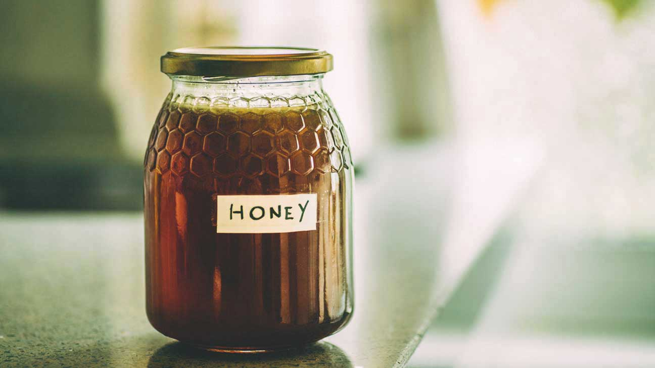 Can honey cause botulism in adults curious