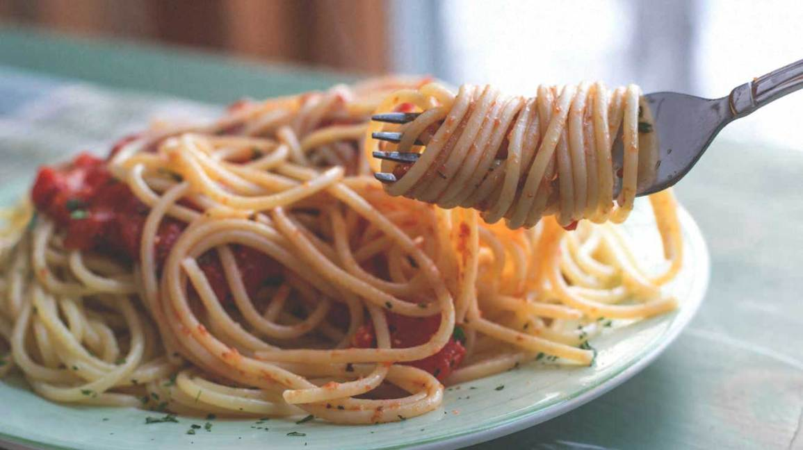 Spaghetti on a Plate and Fork