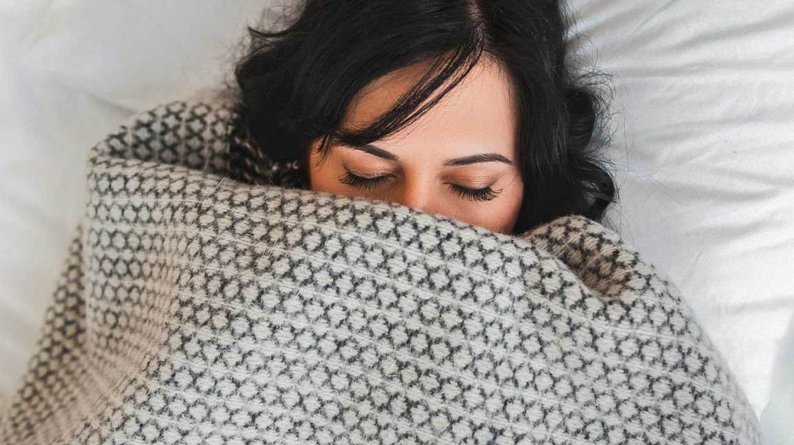 Why This 15-Pound Weighted Blanket Is Part of My Anti-Anxiety Routine