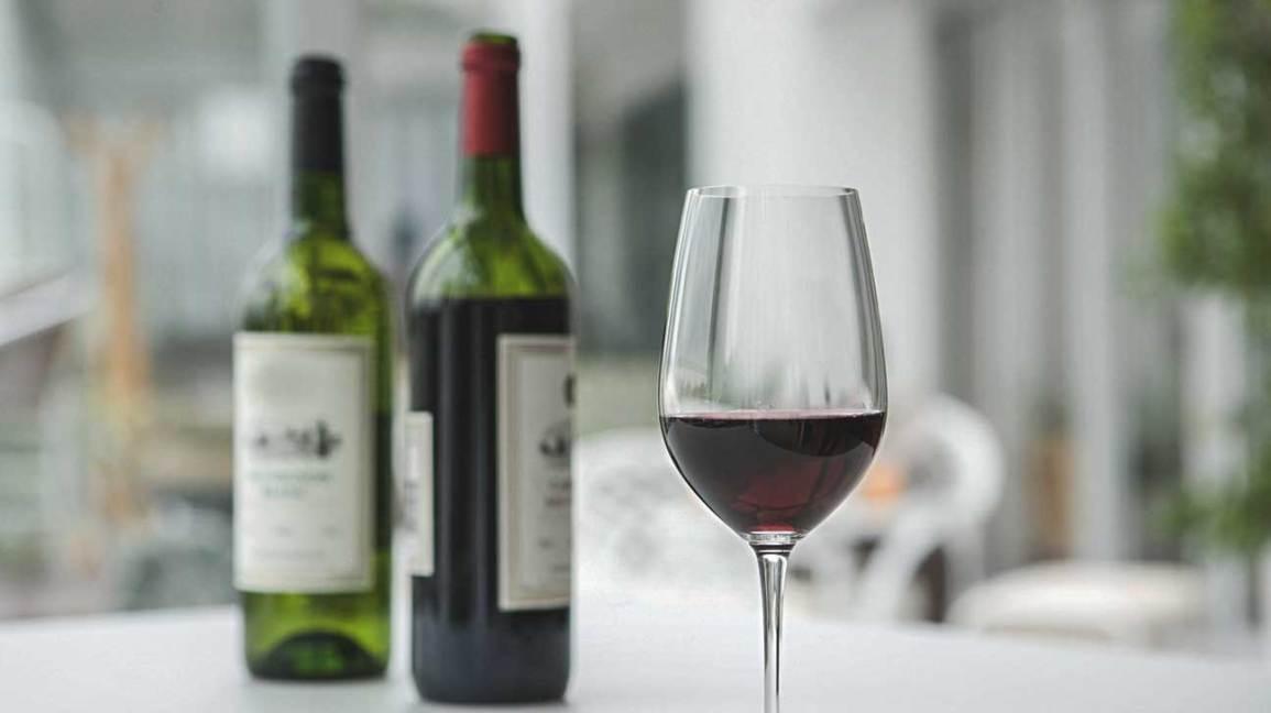 red wine polyphenols teeth healthy