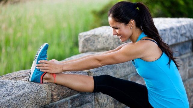 woman-stretching-knee