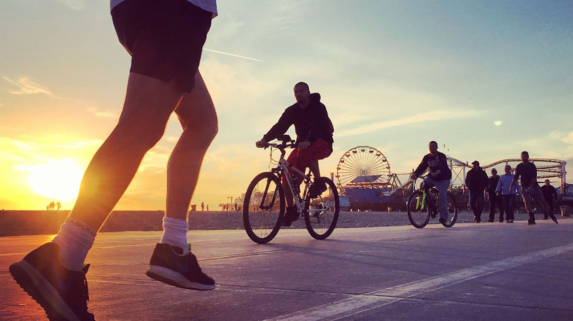 What Are the Benefits of Cycling vs. Running?
