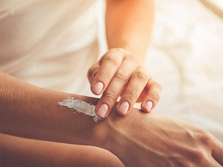 10 Moisturizers For Dry Skin Tips And Ingredients To Look For