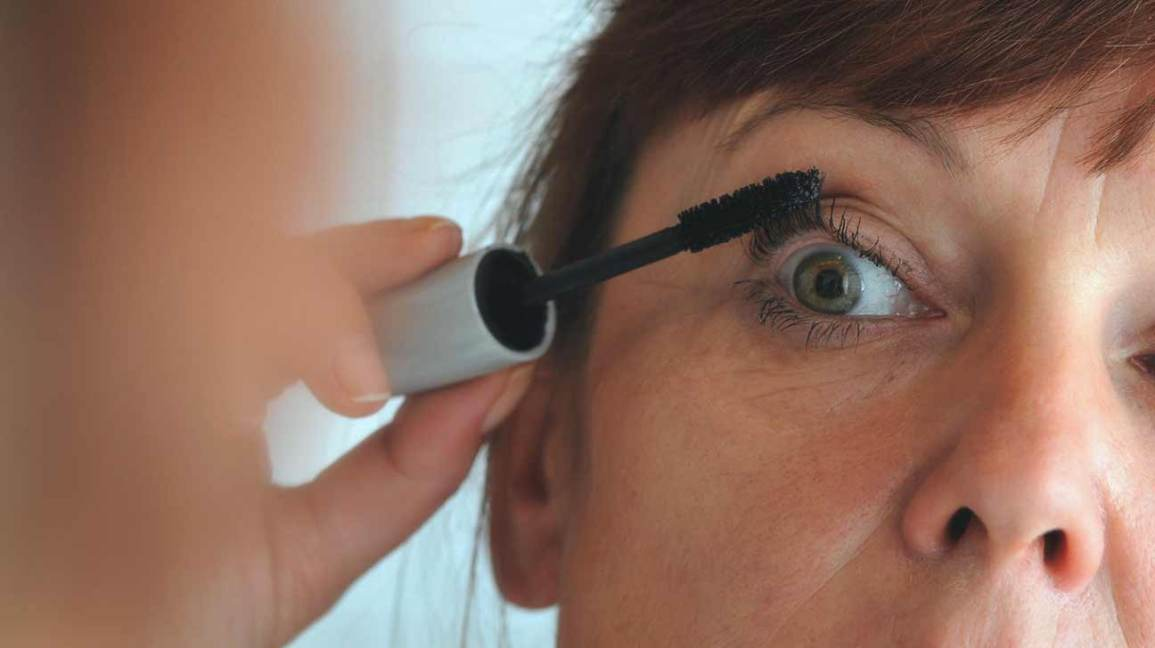 Eye Makeup And Dry Eyes The Inside Scoop