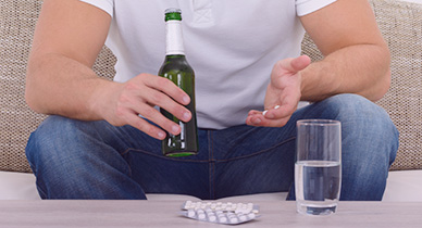 Staxyn and Alcohol: What Are the Dangers?