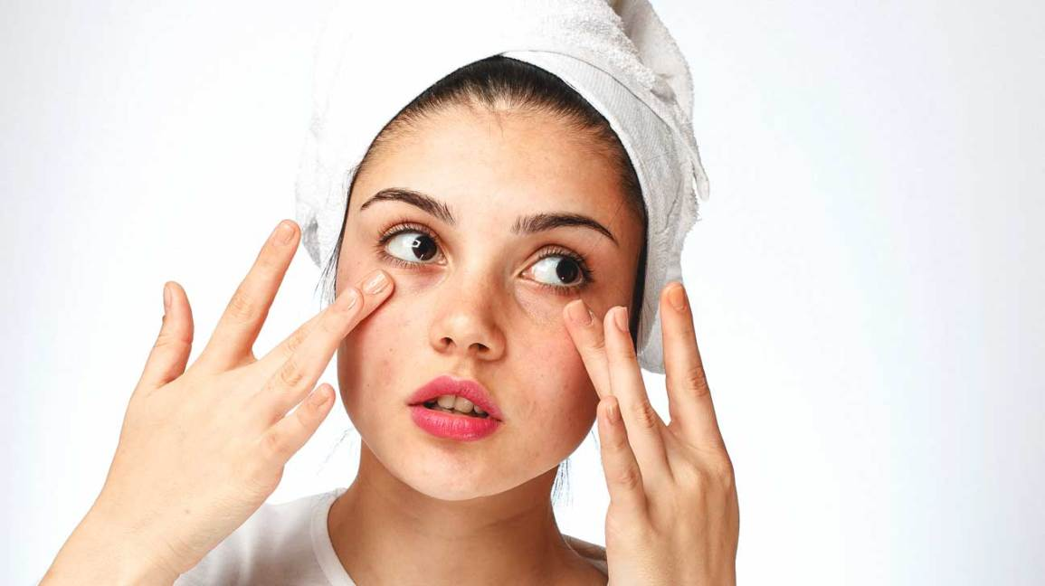 About Face How To Handle Dry Skin Under Your Eyes
