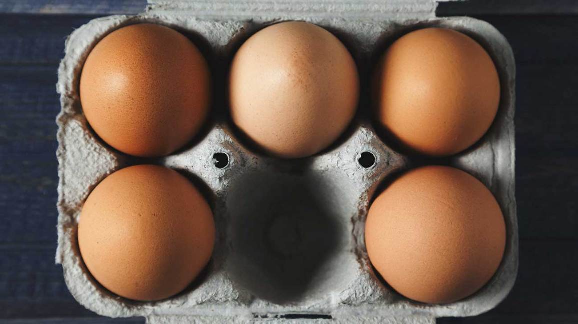 trứng cá và thịt