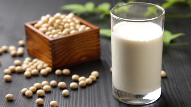 Soy milk and breast cancer risk
