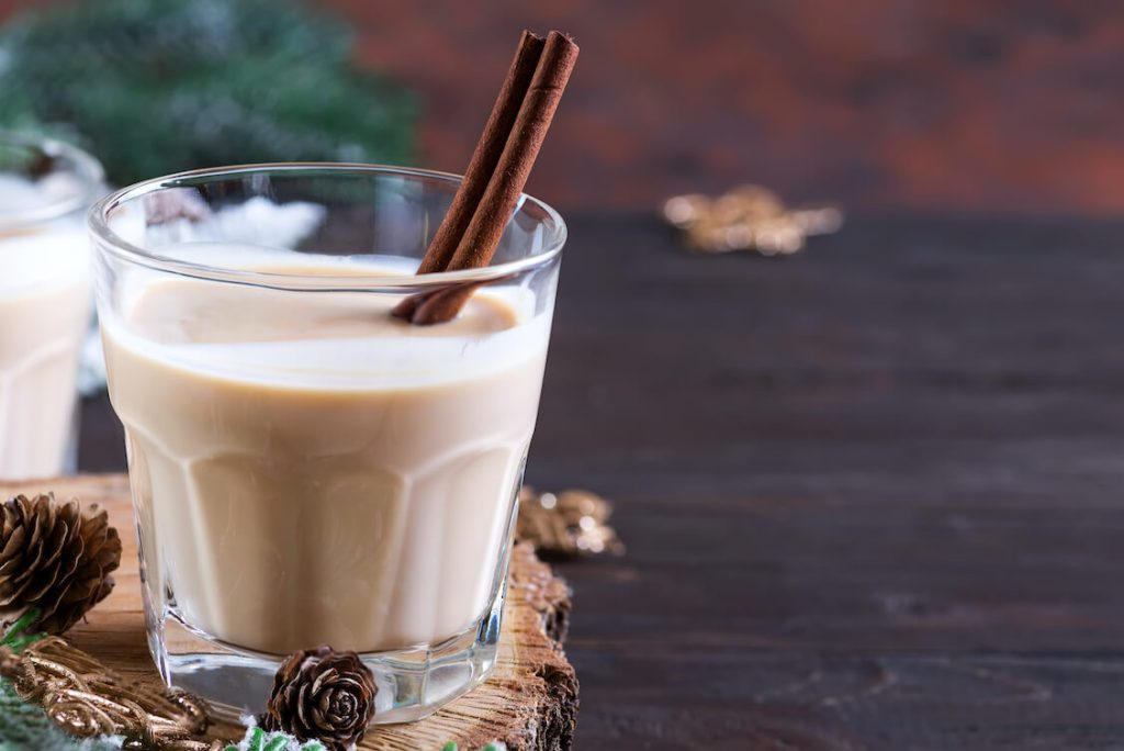 Milk and Cinnamon Benefits for Skin and Hair Health