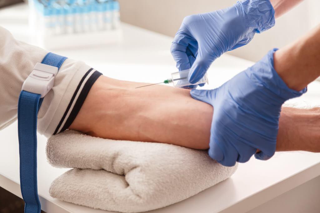 health screening nurse - blood test