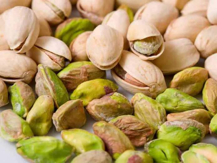 Pistachio benefits for skin, hair and health benefits of pistachio ...