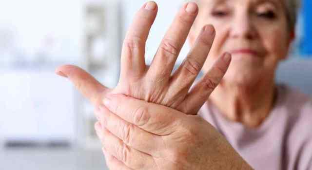 Στην Ευρωπαϊκή Ένωση τα άτομα με Ρευματικά - Μυοσκελετικά νοσήματα ανέρχονται σε 120.000.000 ενώ στην Ελλάδα έχει υπολογισθεί ότι το 26% του πληθυσμού πάσχει