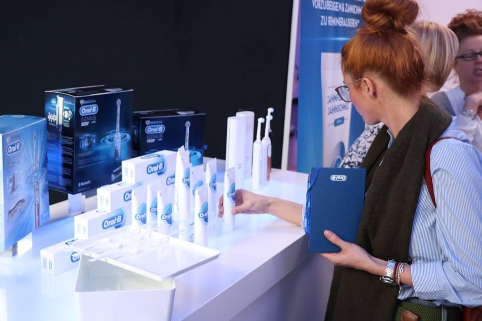 Produkttest beim Launch-Event von Oral-B