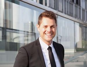 Elmar Kretschmer von MIP qualifiziert geflüchtete Ärzte für den deutschen Arbeitsmarkt