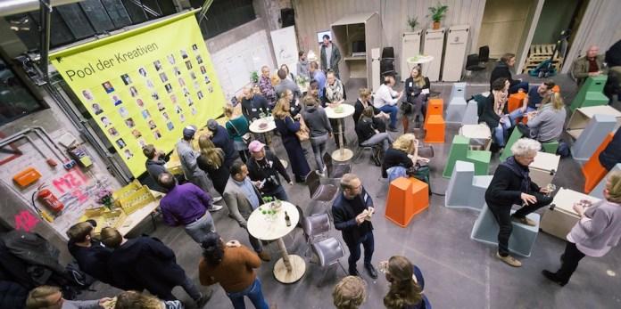 Das Cross Innovation Lab der Hamburg Kreativ Gesellschaft bringt Kreative und Healthcare zusammen.