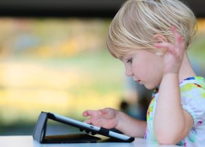 Early Exposure to Tablets and Smartphones Can Cause Delayed Speech Development in Toddlers
