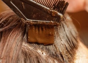 How To Color Your Hair With Natural Ingredients Such As Henna