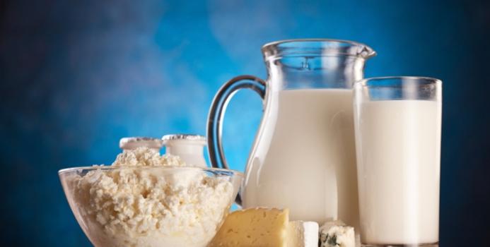 Whole Milk, Skimmed Mild or UHT – Which One Is Healthier?