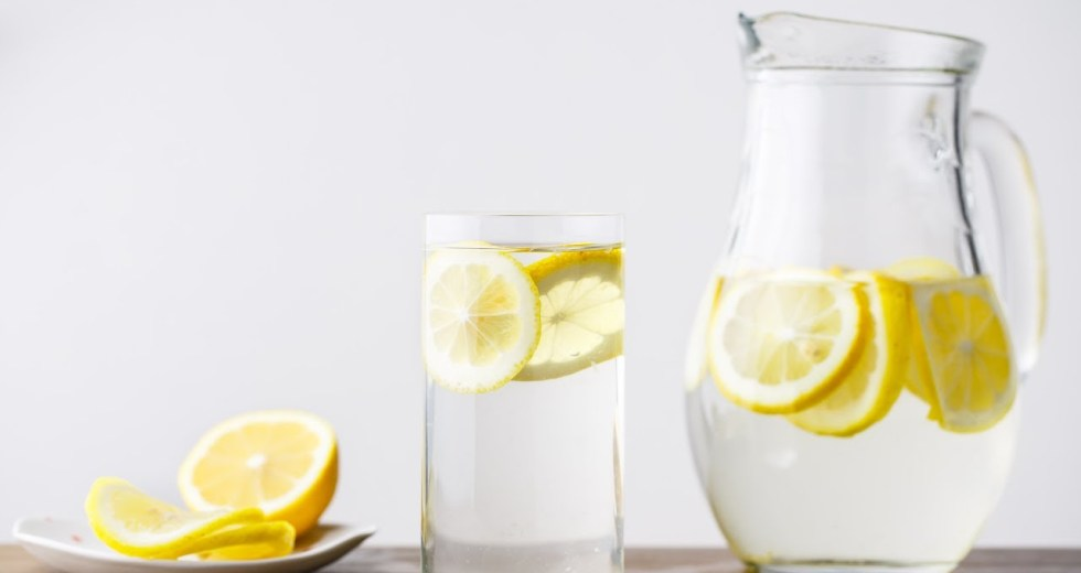 This Alkaline Water Recipe Destroys All Cancerous Cells