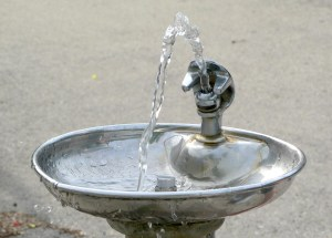 Plastic Waste To Be Combated With New Fountains And Bottle-Refill Posts In London