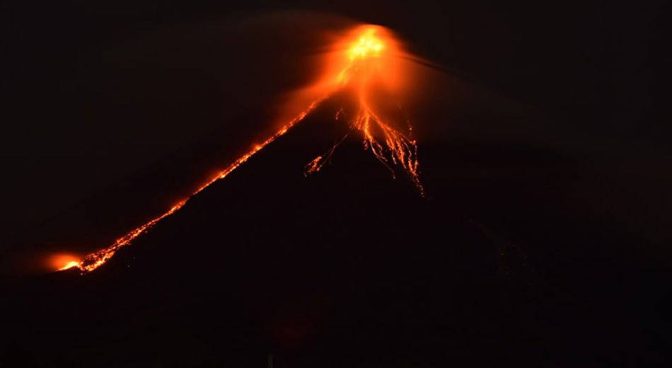 Mayon Volcano May Explosively Erupt Anytime – Level 4 Alert!