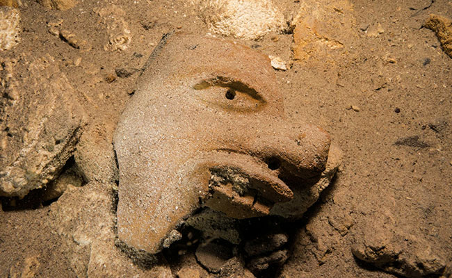 Mayan Relics Found by Archaeologists in an Underwater Cave from Mexico