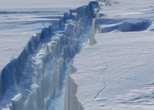 An Active Hidden Volcano Might Be Present Under The Ice Of Antarctica