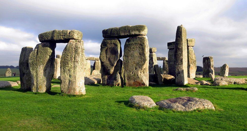 Stonehenge Constructors Applied Pythagoras' Theorem 2,000 Years Before It Was Postulated