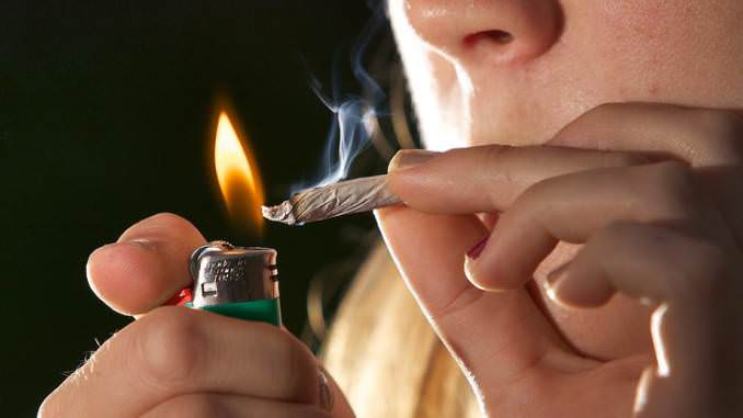 Cannabis Consumption Linked To Schizophrenia, A New Study Revealed