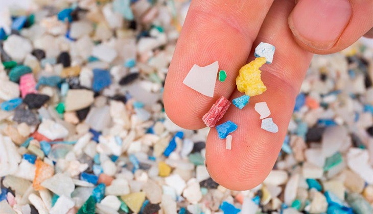You Have Tiny Plastic Pieces In Your Stomach, A Study Says