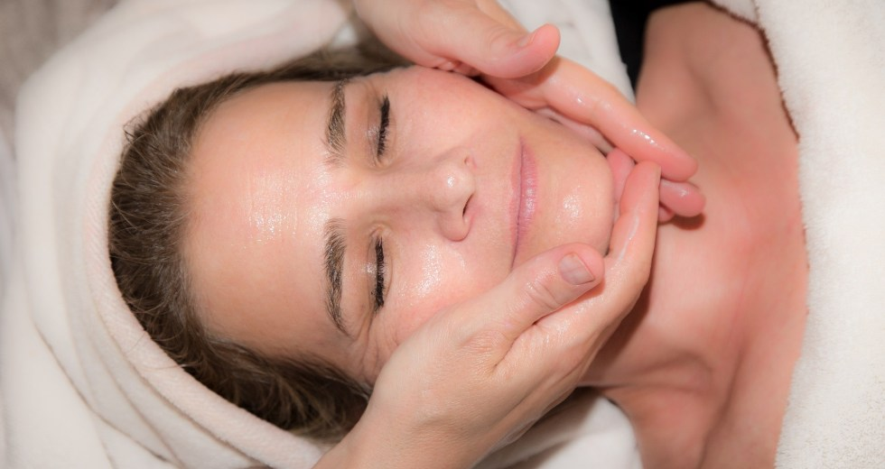 What Is Microdermabrasion Treatment