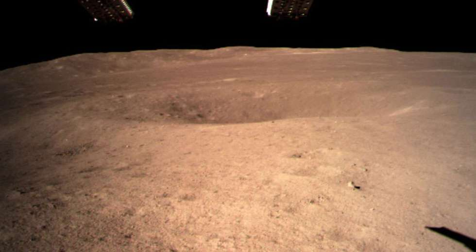 China Landed TheChang'e4 Lunar Rover On The Dark Side of The Moon