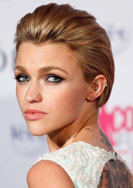 Time Saving Diy Hairstyle Hacks For Women Health Thoroughfare